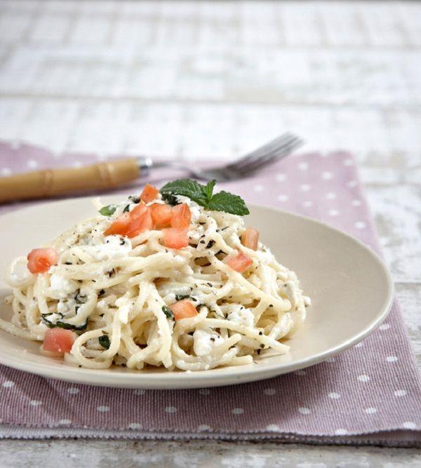 10 συνταγές για μακαρονάδες που θα σας κάνουν να μην θέλετε να βγείτε από το σπίτι 6