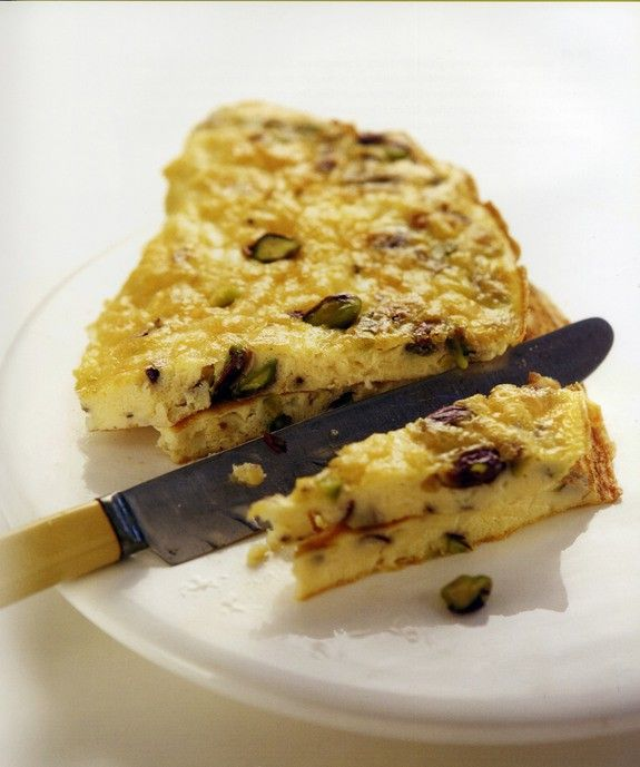 omeleta-me-fystikia-aiginis