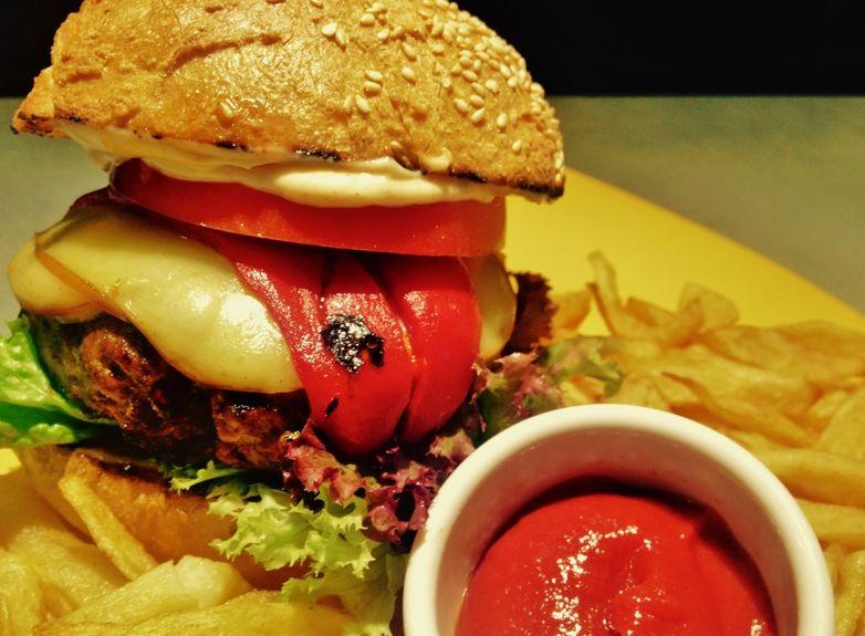 mac(edonia)_burger
