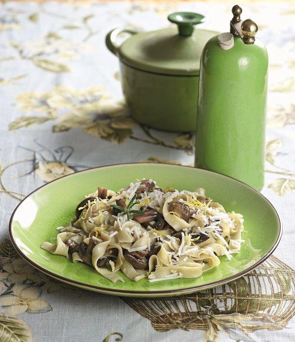 Χυλοπίτες με μανιτάρια, σκόρδο, δεντρολίβανο