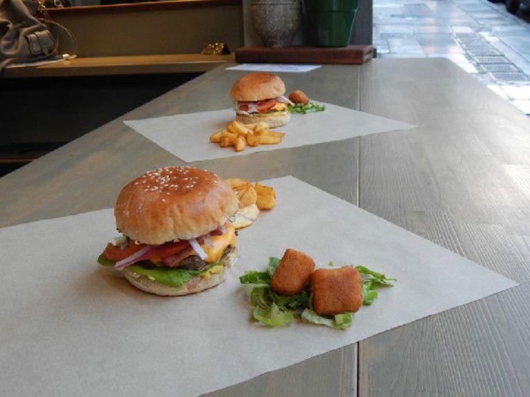 the street burger6edited