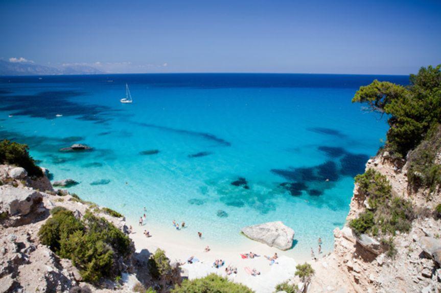 sardinian-beach_161947388