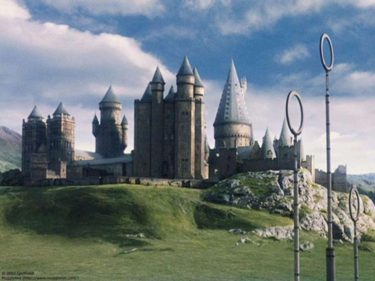 Hogwarts_School_of_Witchcraft_and_Wizardry_