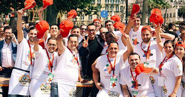 Longest-pizza-chefs_tcm25-429661