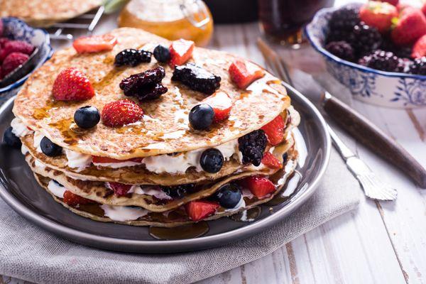 pancakes-frouta-giaourti