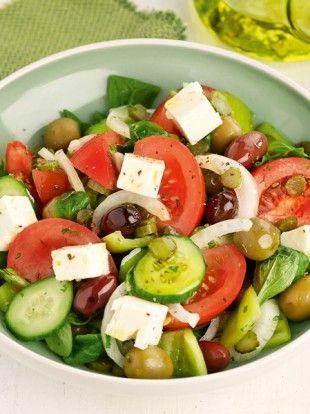 uper-xoriatiki-salata