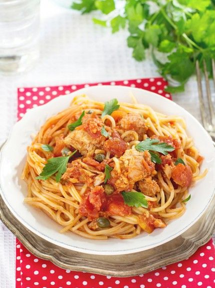 spagheti me tono