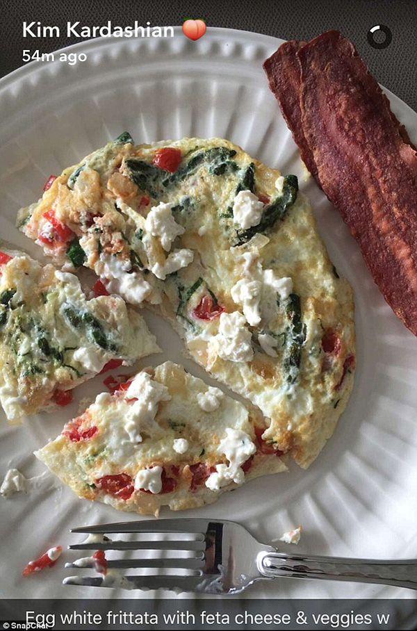 omeleta-bacon