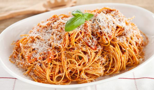 SpaghettiwPancettaTomSauce14-thumb-596x350-257228