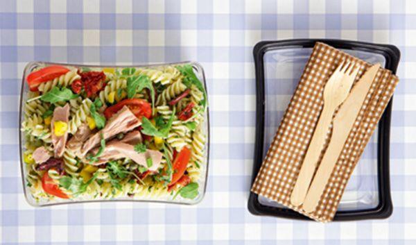 salata-me-vides-kai-tono