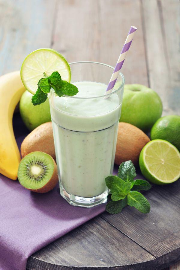 smoothie-milo-mpanana-aktinidio