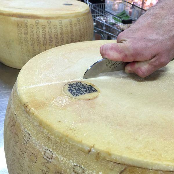 Parmigiano+Reggiano+scoring