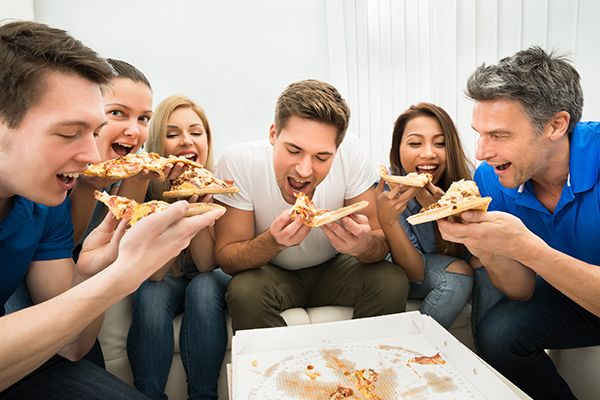 eating-with-friends