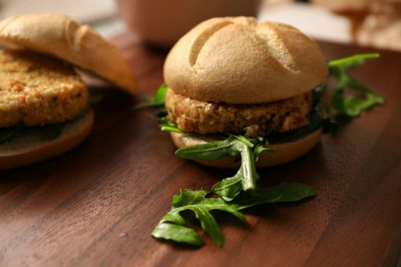 veggieburger_theeaters1