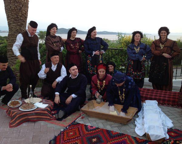 Γαστρο-χορευτικό-δρώμενο-στο-Alexandros-Palace