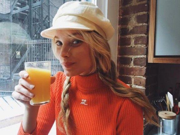 Το γνωστό αγγελάκι της Victoria's secret, Elsa Hosk, πίνει καθημερινά φρεσκοστυμμένους χυμούς για λαμπερά μαλλιά και υγιή επιδερμίδα.