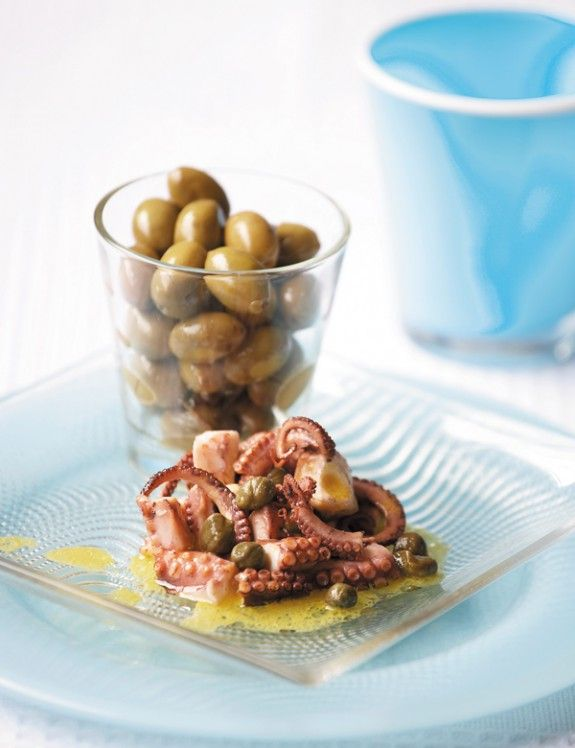 Octopus salad with caper and green olives - www ...