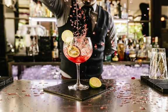 neo anoigma cocktails_MIKRI