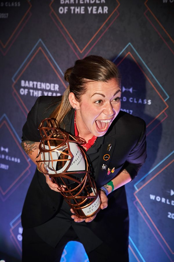 Kaitlyn-Stewart-is-named-the-World-Class-Bartender-of-the-Year-in-Mexico-City-2017