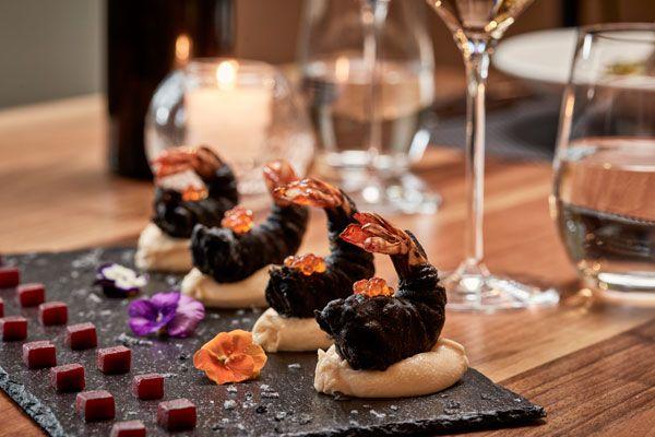 Γαρίδες-tempura-σε-κρούστα-από-μελάνι-σουπιάς