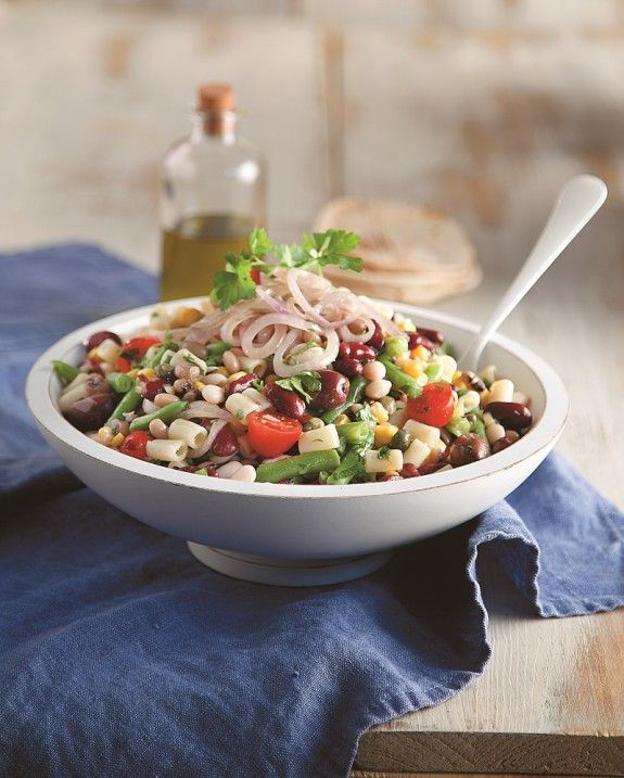 salata fasolia-makaronia