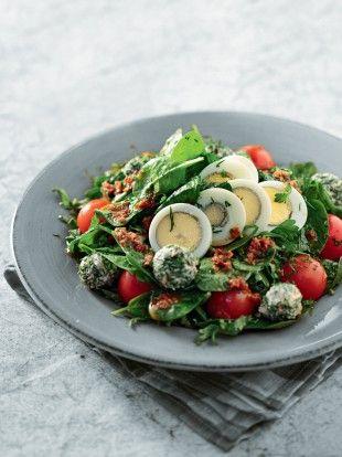 salata-me-spanaki-k-ntomatinia