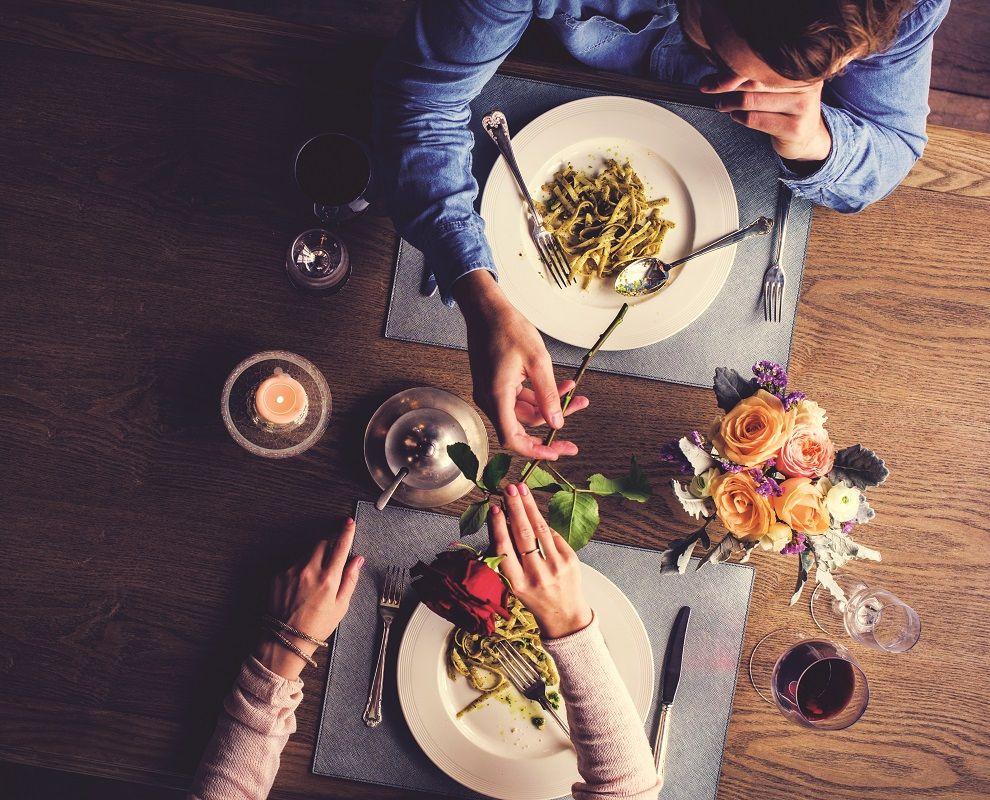 δείπνο ραντεβού με τη Μελβούρνη