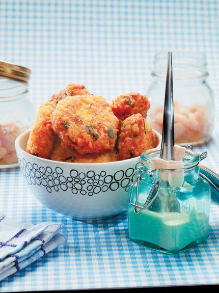 Κεφτέδες φασολιών με σάλτσα από ταχίνι - www.olivemagazine.gr